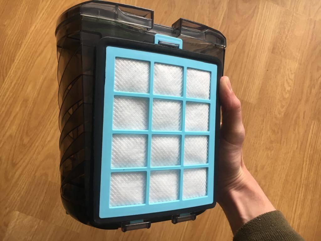 filter bij het stofreservoir
